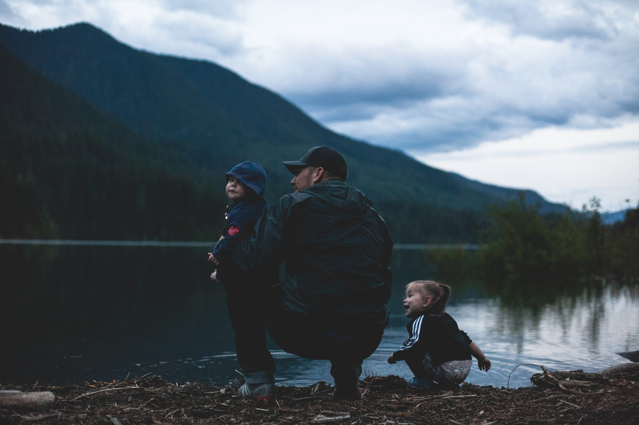 a fathers role of showing his kids the outdoors
